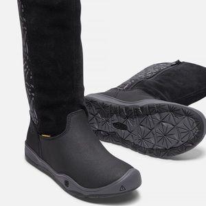 KEEN Moxie boots Black/Magnet yth:Sz 1/Sz 4 WP
